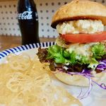 SelFish Diner - マグロカツバーガー 1200円 + レンコンチップスドリンクセット 400円