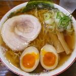 長町ラーメン - 料理写真:1番人気の長町ラーメン煮卵入り700円(税別)