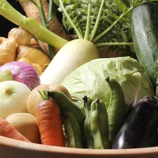 地元の野菜を使った料理