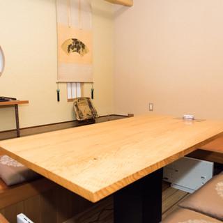 秋田中の腕利き職人たちが作り上げた、唯一無二の美食空間