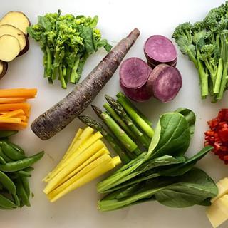 旬食材をふんだんに使用。味と産地にこだわった絶品料理