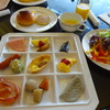 フィガロ - 料理写真:先ずは 9種盛り合わせとサラダ