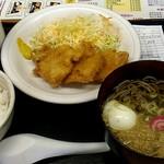 喜楽亭 - 料理写真:チキンカツ定食550円。
