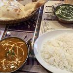 アシルバド - 料理写真:野菜カレーとサグポーク