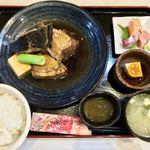 定食 馬乃米 - 料理写真:本日の煮魚定食(まぐろのかぶと煮) 1500円