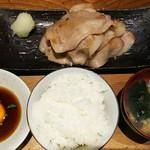 ぶためし  山ぶた - ロース焼き定食