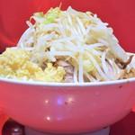 ラーメン二郎 - 料理写真:ラーメン(小)+ニンニク多め野菜