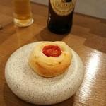 86377029 - トマトのパン