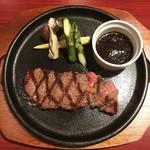 白金ビーフ - 【ランチTime】黒毛和牛ももステーキ