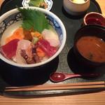 堂島雪花菜 - 海鮮丼定食