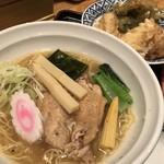 86379801 - 鶏塩ラーメンとイカ天丼セット