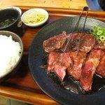 鶴一 - ロース・ハラミ上焼肉定食 ¥1150-