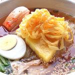 焼肉レストラン ソウル - 昔ながらの冷麺がおいしい!