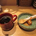 佳人 -  嬉しい事にランチを食べ終ったらコーヒーのサービスもありました。
