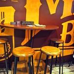 ビアベリー - 店内(テーブル席)