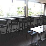 シェフヤマモト - 内観;カウンター席、テーブル席