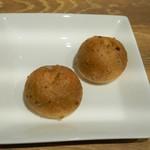 ビストロ ノアキ - 自家製くるみパン