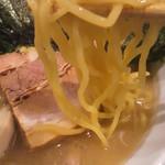 ラーメン サンガ - サンガ式家系の麺