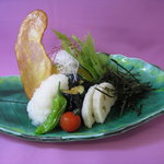 味里 - 温野菜がたっぷりなおろしかつです