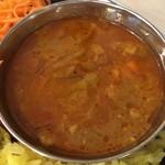 カリ~ アンド スパイスバル カリ~ビト - たっぷりキャベツと鶏キーマカリー