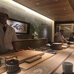 錦 鮨しん - お店の雰囲気