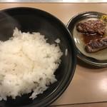平野町 スエヒロ - 追加の半ライス(100円)