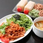 味の彩華 - 〈お持ち帰り〉ほうれん草とトマトつけ麺セット 1030円