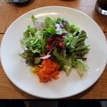 Amelie Cafe - ランチのサラダ