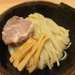 86416830 - 麺はツルツル、モチモチ。
