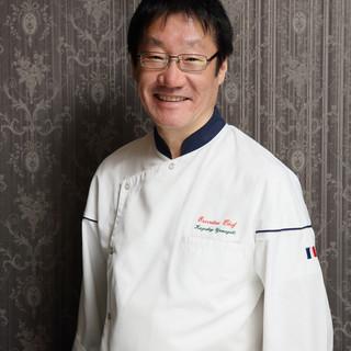 山岸一茂氏(ヤマギシ・カズシゲ)―フュージョン料理の第一人者