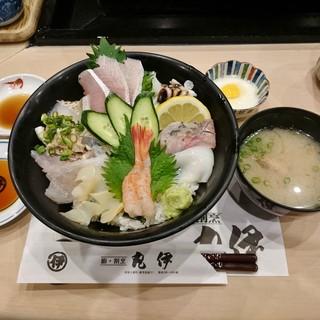 丸伊 - 料理写真:越後すし丼 1,290円