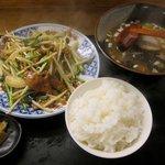 春夏秋冬 - お昼定食の「レバニラー定食(\600)」。