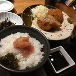 86424622 - 粗挽きメンチカツ定食〜(´∀.`*)¥1000円˚✧₊⁎⁺˳✧༚