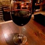 マダニス - 赤ワイン