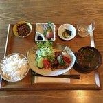 季節の台所 空まめ - 日替わり定食  ¥880