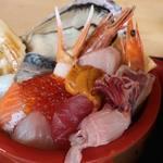 86430991 - 特上海鮮丼1800円