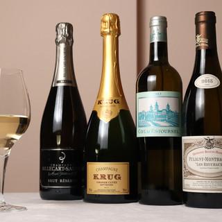 「セシュエット」だから感じられる、厳選ワインのマリアージュ。