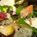 北の味紀行と地酒 北海道 - 刺身盛り合わせ
