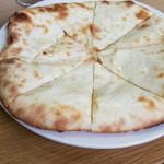マナカマナ - チーズナン