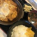 かつひこ - 料理写真:かつ鍋定食