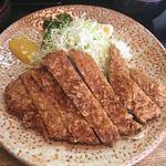 とん皇 - 大判ロースかつ定食¥950