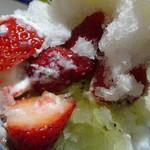 ほうせき箱 - きうい苺ヨーグルト