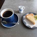 cafe&shop kaguya  - ベイクドチーズケーキとkaguyaブレンド