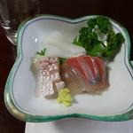 味恋Ⅱ - 料理写真:刺身(鯛・カンパチ・ハリイカ)