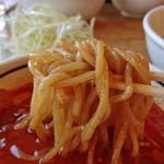 美豚 - 辛い汁でも、バランス&相性の良い麺