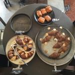 hanaはな家 - 手作りパンの販売もしてました。