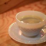 夜パフェ専門店パフェテリア ベル - セットのドリンク。ホットコーヒーを。