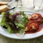 フェルメ - キッシュ(エビとトマト)