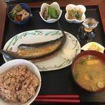 レストラン食茶房むうぷ - 料理写真:(料理)日替り自然定食(さんまの開き)