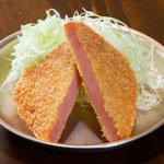 駄菓子屋食堂 - サクサク衣が昭和の定番!300円